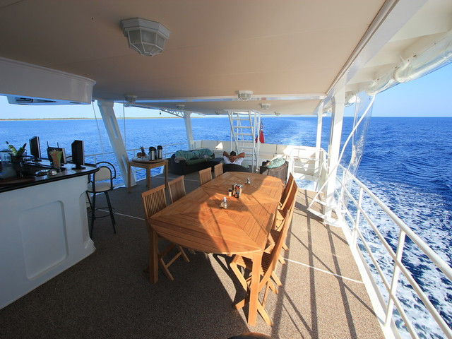 avalon fleet 1 deck dining