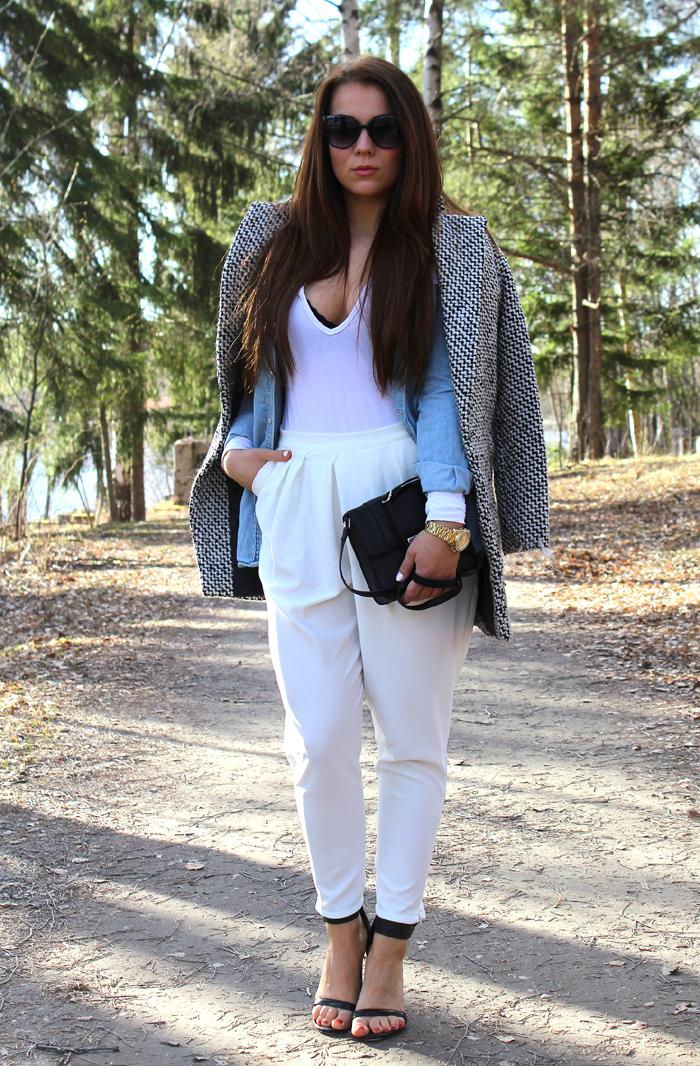 white pants 105