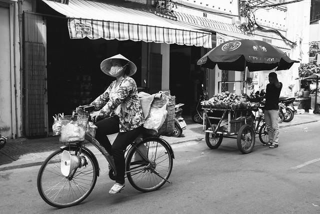 Cycling Saigon-4