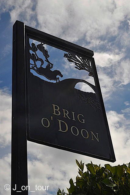 Brig O' Doon sign  GJC_016283_edited-2