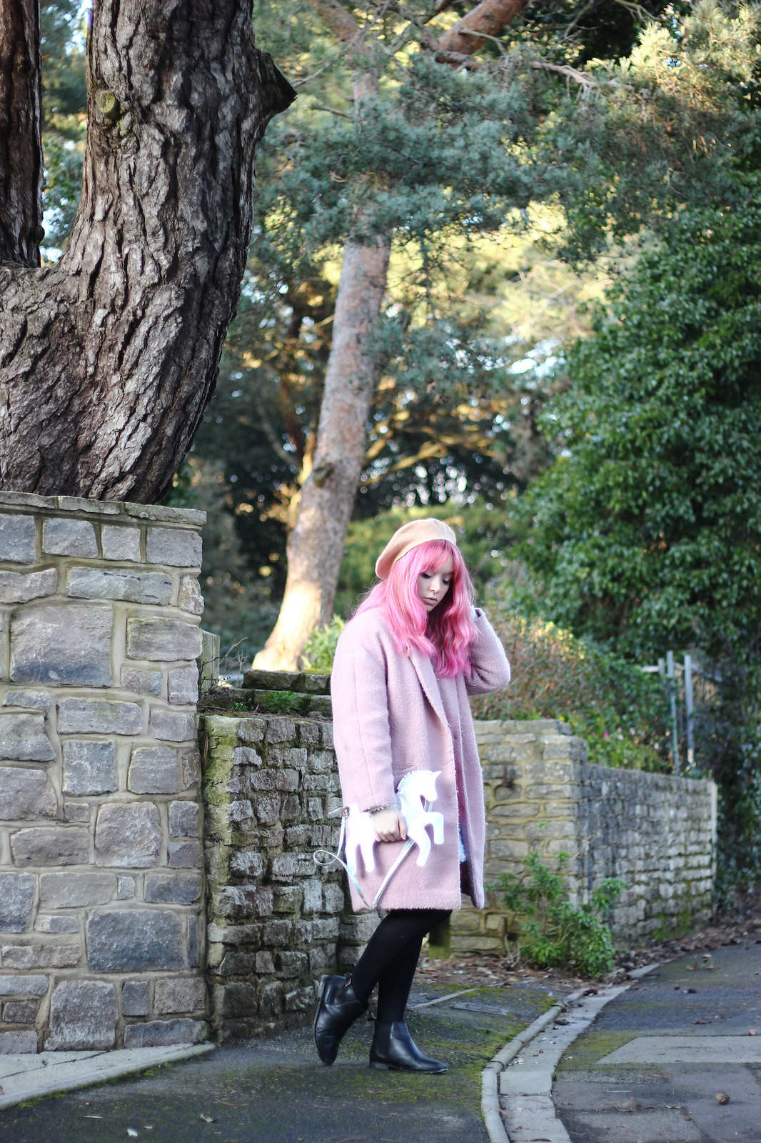 2-pink-hair-unicorn, pastel hair, blogger-outfit