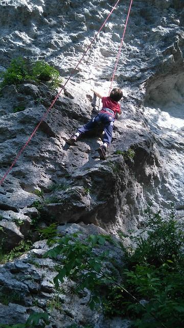 Armeško - v plezalnem vrtcu