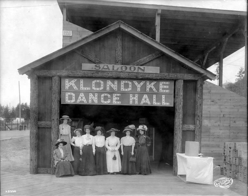 Klondyke Dance Hall and saloon, Pay Streak, Alaska Yukon Pacific Exposition, Seattle, Washington, 1909.