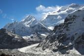 Die gewaltige Nordwand des Kanchenjunga, 8598 m. Foto: Sigrid Beisegel.