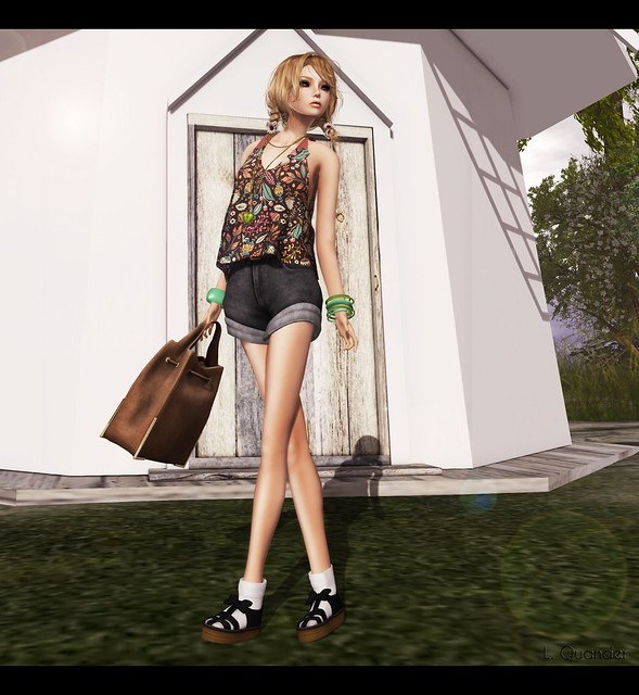 C88 for April  ufo - denim big short and agye's ribbon sandal - black & Tea Time - SPRING TOP FLOWERPASTEL