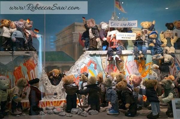 Teddy Bear Museum Jeju Island - Rebeccasawblog-010