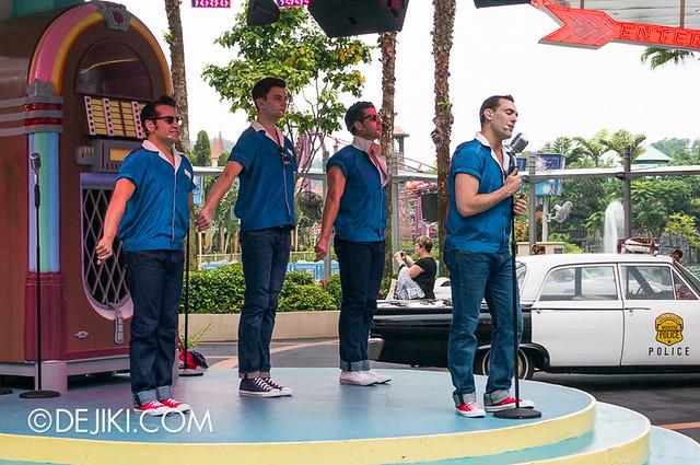 Universal Studios Singapore - The Cruisers 3