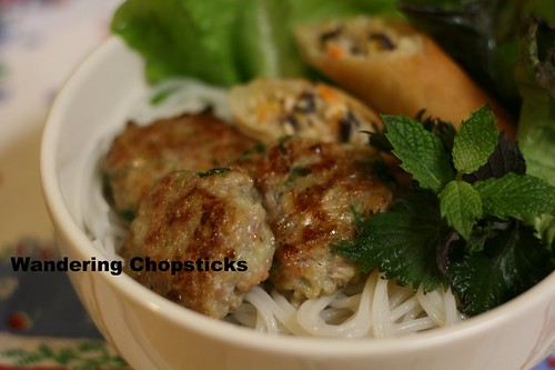 Nem Nuong Hanh La (Vietnamese Grilled Pork Patties with Scallions) 8
