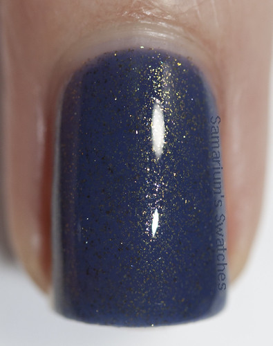 Contrary Polish Bal Masque Macro (2)