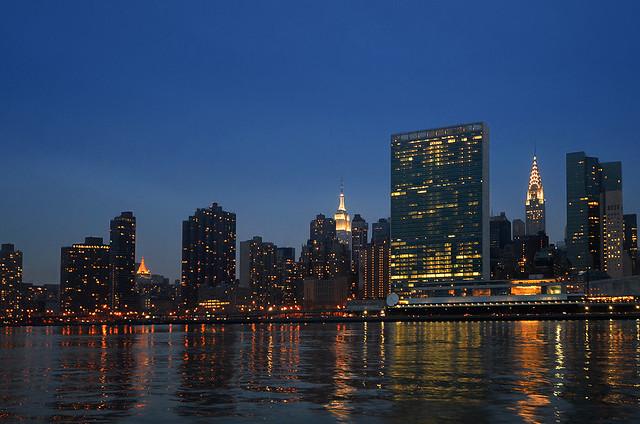 Hora mágica desde el rio Hudson de Nueva York