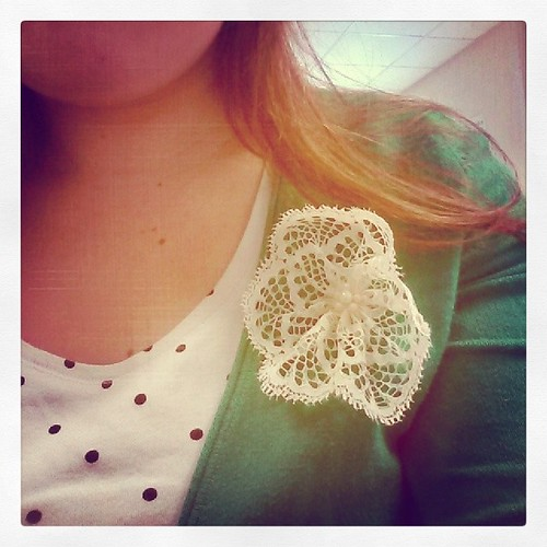 #mmmay14 Day 7: Lace flower brooch, back in the office