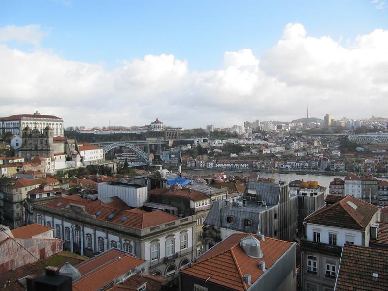 Blick über Porto von Miradouro da Bateria da Vitoria