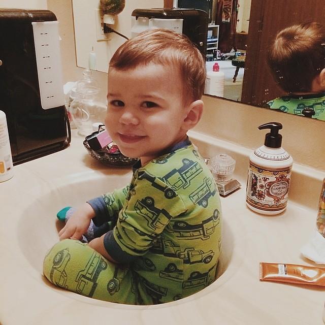 Sink boy. #instaluther #toddler #children
