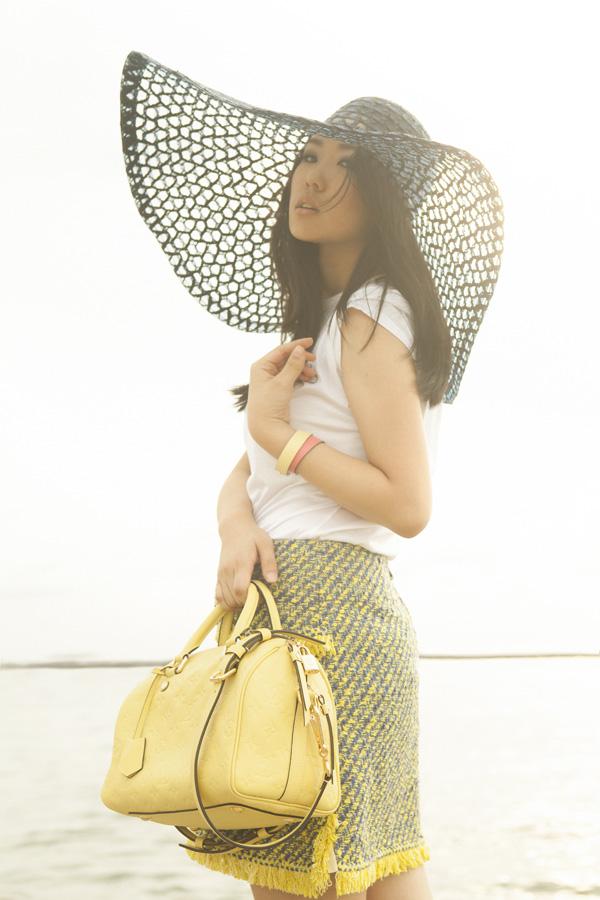 1-yellowLV