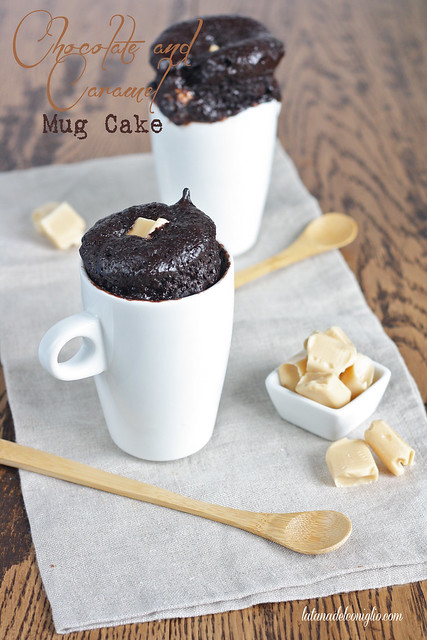 chocolate and caramel mug cake (in 2 minuti)