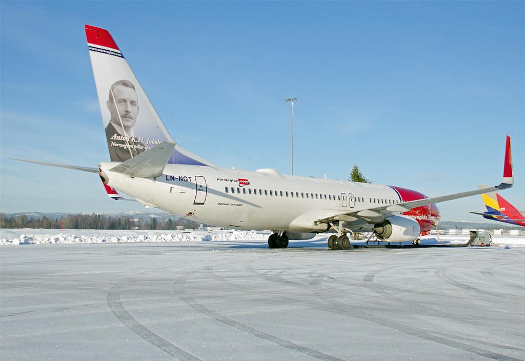 LN-NGT - B738 - Norwegian