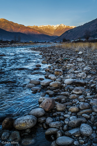 bhutan paro paroriver parotown sunriseinparobhutan