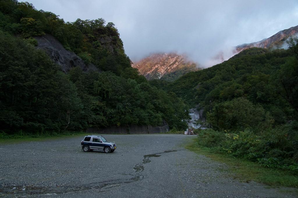 猿倉登山者駐車場