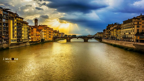 trip travel water clouds lights cloudy nubes firenze nuages reflets italie reflejos reflects