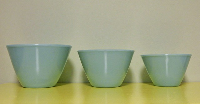 fire king mixing bowls