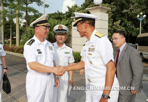 Vice Admiral Jiang Weilie, commander of the South China Sea Fleet of the Navy of the Chinese People's Liberation Army (PLAN), is shaking hands with Admiral Haney, commander of the US Pacific Fleet.