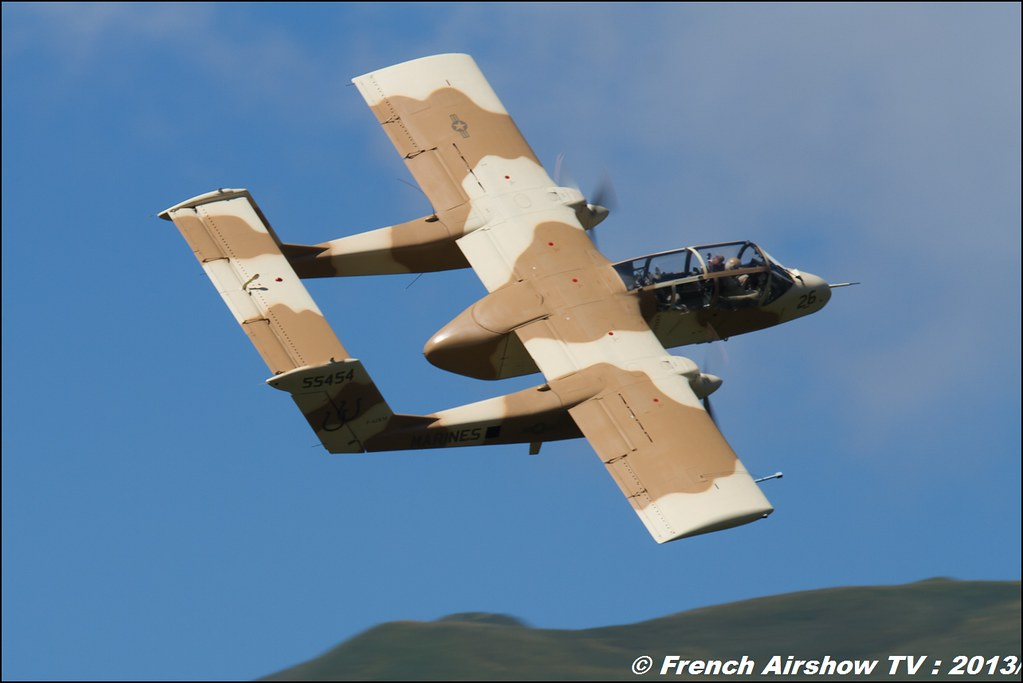OV-10 Bronco montelimar 2013,Fete de l'air,Courchevel Saut à Ski 2013