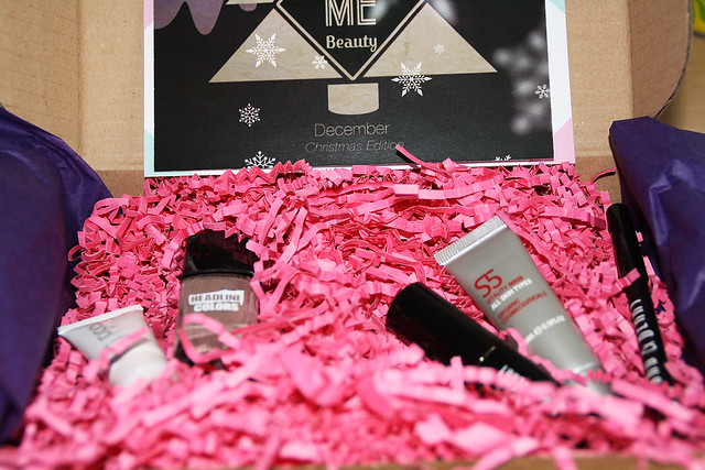 Love Me Beauty Box December 2013