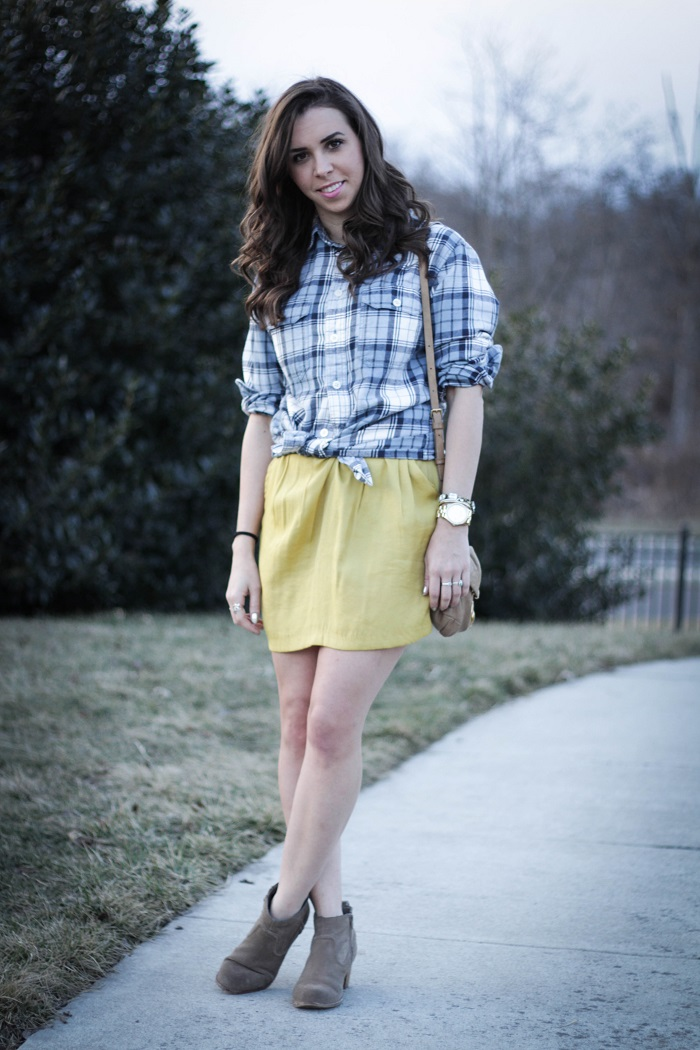va darling. dc blogger. virginia blogger. plaid mens top. mustard skirt. casual style. street style. 1