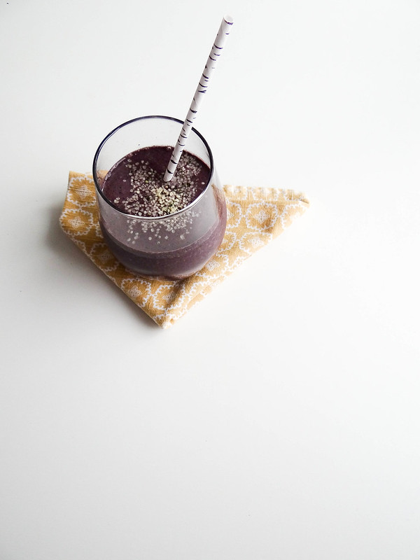 hemp blueberry spinach smoothie