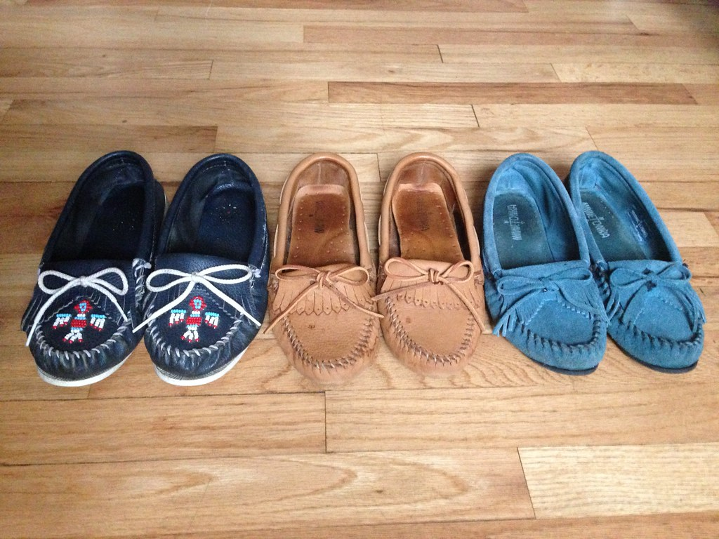 DIY • How to Keep Your Minnetonka Moccasins Tied!