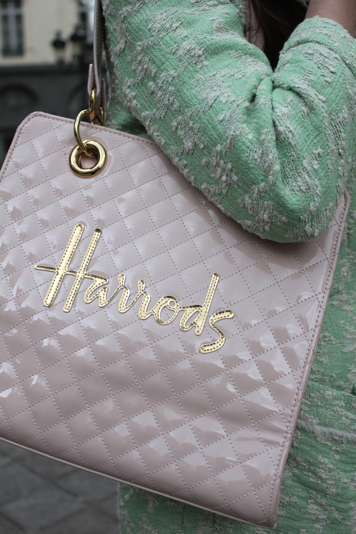 fashion, fashion blog, fashion blogger, Paris, streetstyle, Harrods, harrods bag, pink, golden