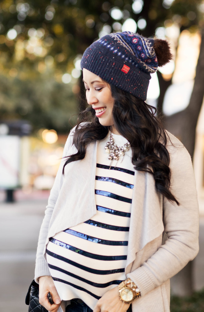 https://cuteandlittle.com | petite fashion blog | maternity | joules fair isle pom beanie, gray waterfall cardigan, sequin striped shirt, red hunter boots, chanel flap | fall winter outfit