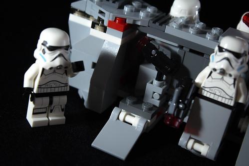 LEGO_Star_Wars_75078_11