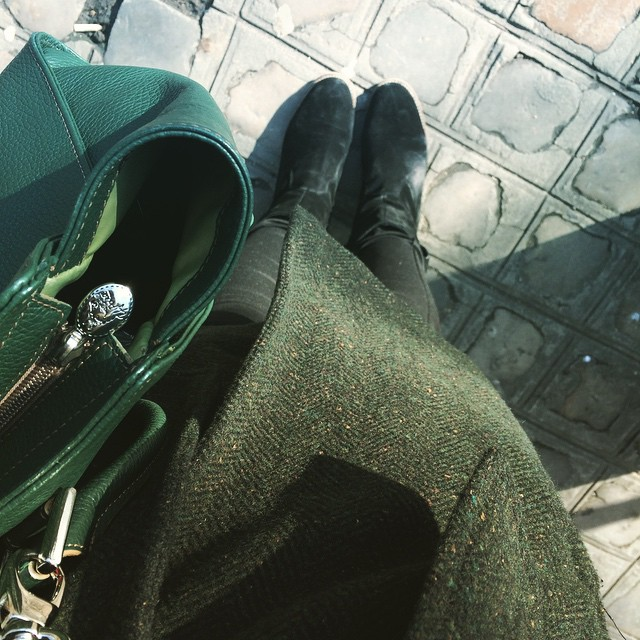 Who needs gold when you can have black and green?! #todayimwearing @asos boots and lots of green acquired in Europe.