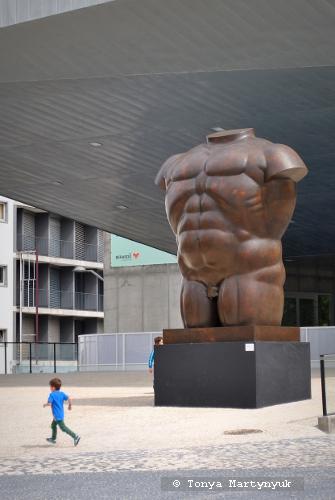 31. Fernando Botero. Male Torso, 1992