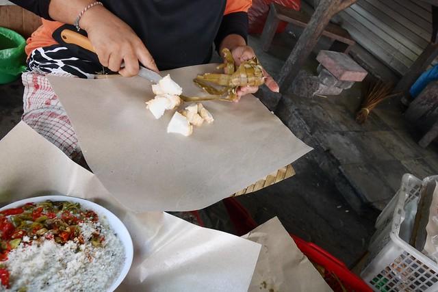 土, 2016-05-21 20:02 - Jimbaran traditional market