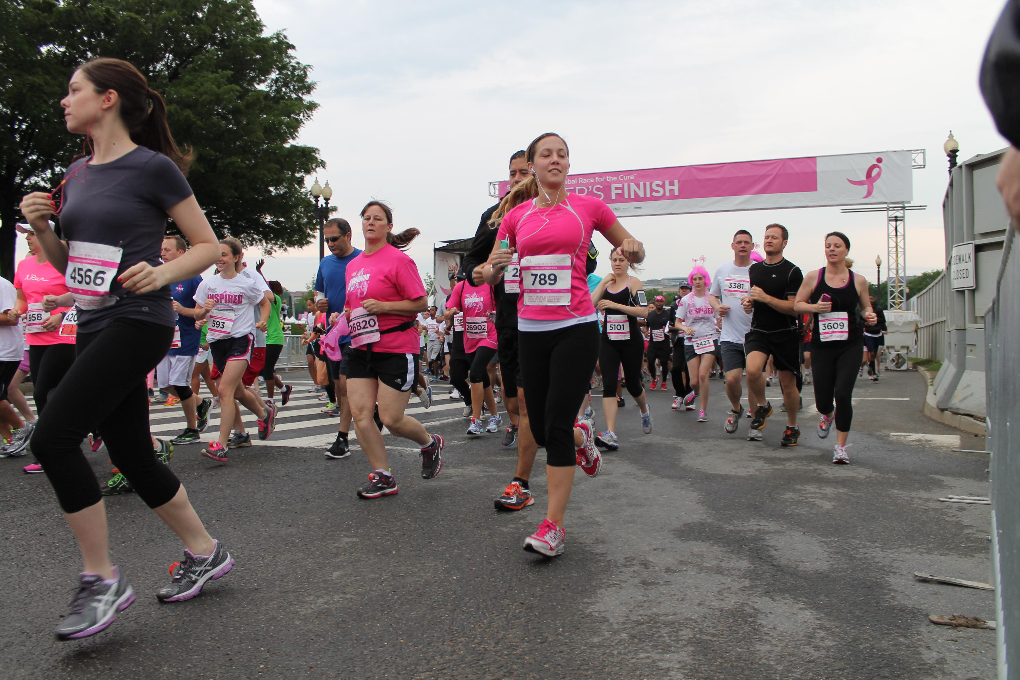 37.Start.Runners.NRFTC.NationalMall.WDC.11May2013