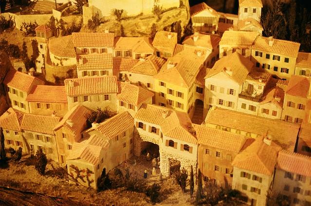 roquebrun model village