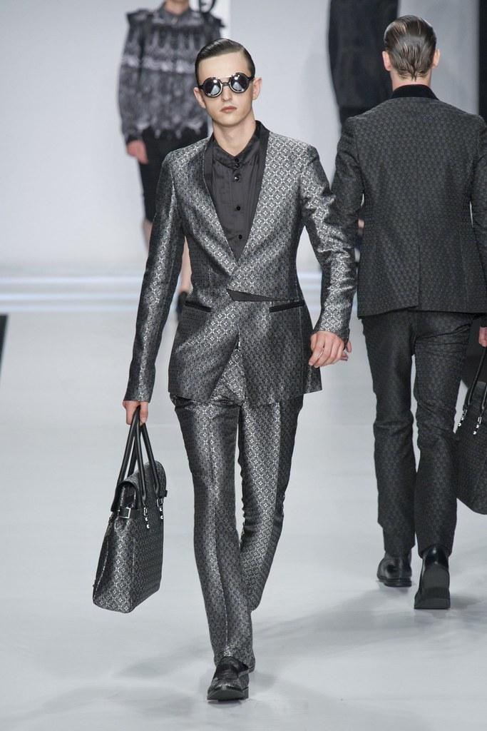 SS14 Milan Ji Wenbo050_Alex Dunstan(fashionising.com)