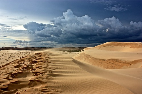 crazy white sand dunes of Mui Ne
