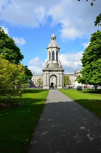 Das Wahrzeichen vom Trinity College, der Glockenturm