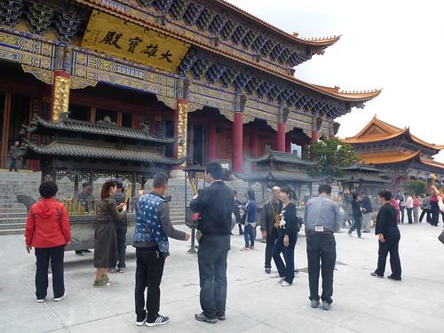 Yunnan13-Dali-4. Place du Temple (9)