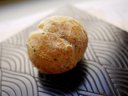 09-06_sesame donut