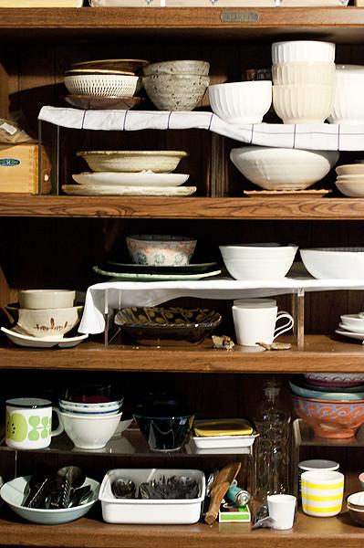 米力廚房內的食器,這僅是其中一部分