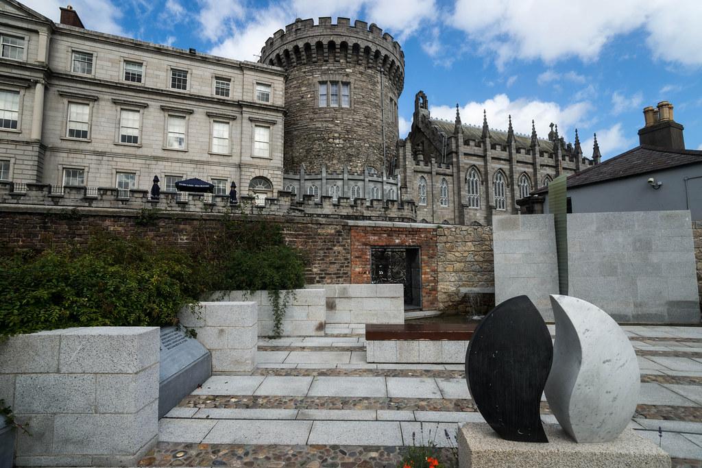 Dubhlinn Gardens Garda Memorial Garden