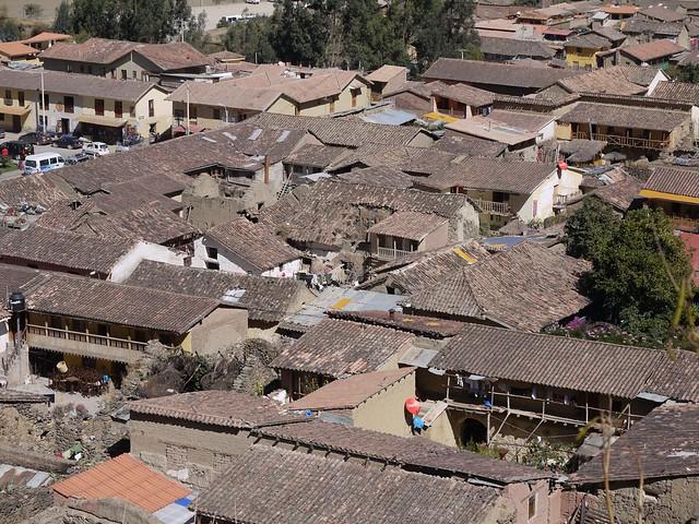 日, 2013-08-18 11:35 - Pinkuylluna登山道から見たOllantaytambo