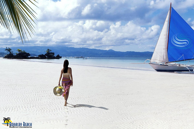 HOW BORACAY RETAINS ITS MAGIC AS A FAVORITE TOURIST DESTINATION