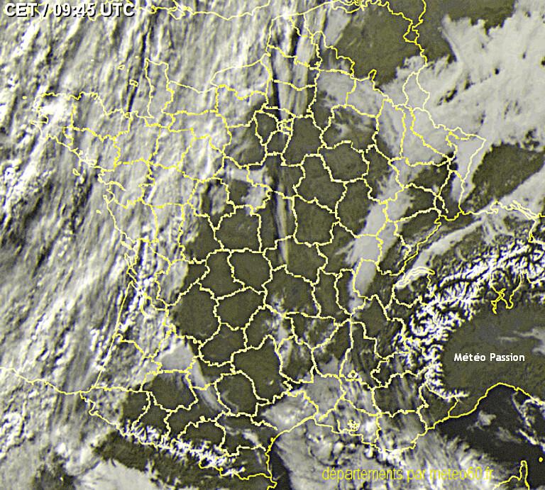 image satellite du 13 décembre 2013 avec un temps identique et une situation similaire à la mi-décembre 1971 météopassion