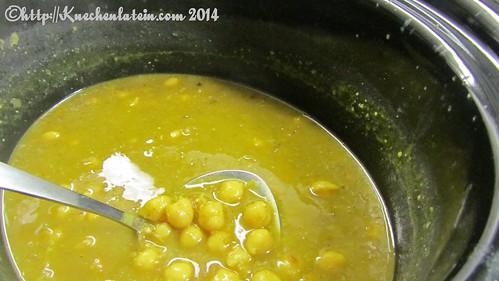 Kichererbsen mit Curry, frischem Ingwer und Koriander Petersilie