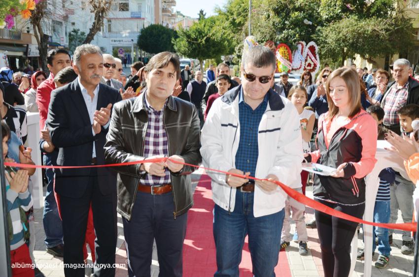 Açılış kurdelesini Alanya Kaymakamı Erhan Özdemir ile Afyon Vali Yardımcısı Adem Uslu birlikte kestiler, Alanya World Sport